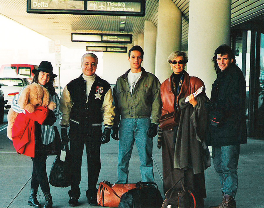 De férias em NY, em 1995:  Roberta, o pai, Roberto,  o irmão, Rodolfo, a mãe,  Maria Alice, e o meio-irmão Jomar Junior