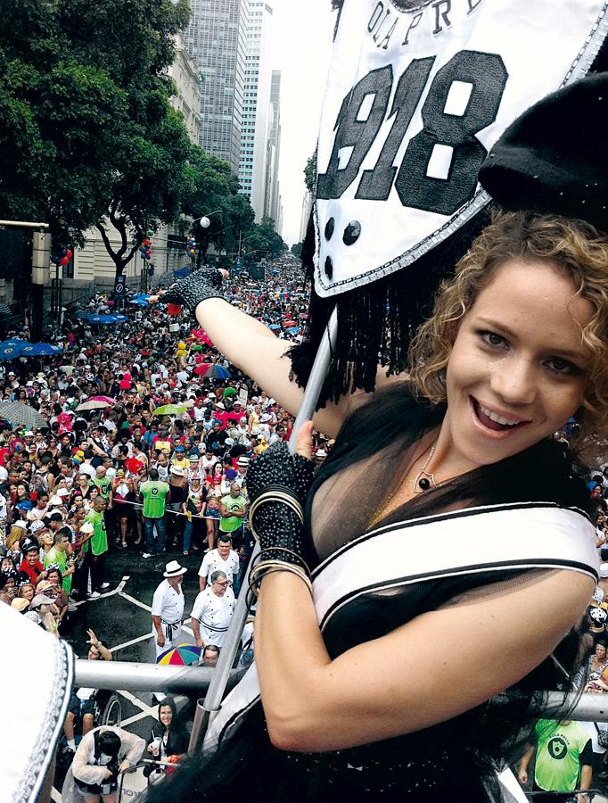 No bloco carnavalesco Cordão da Bola Preta, este ano, em um de seus programas favoritos