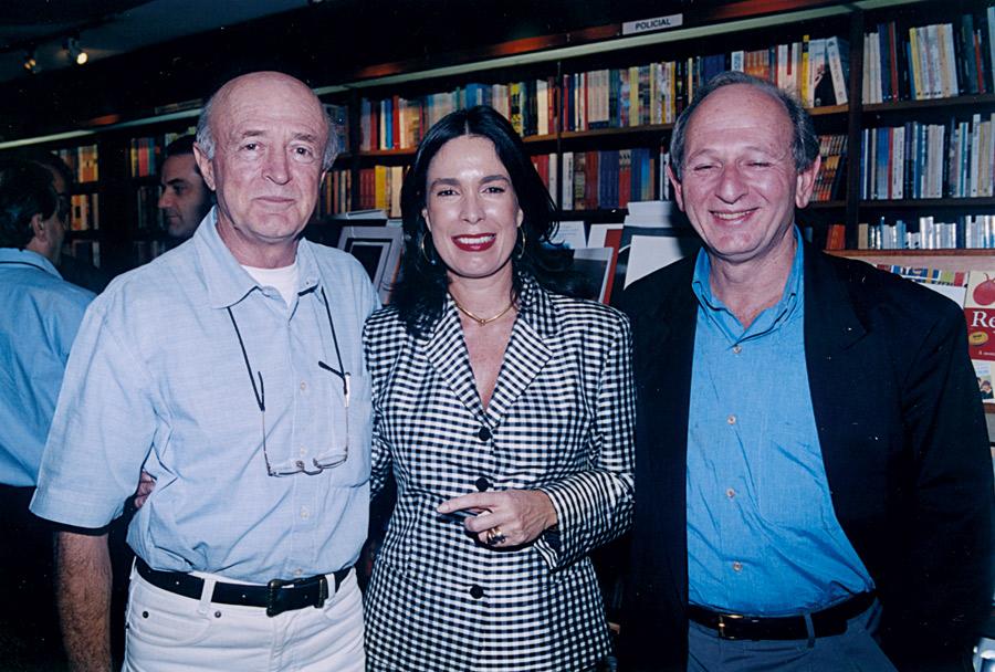 Com o imortal José Murilo de Carvalho e o editor Cláudio Rothmuller no lançamento do livro Revisão do Paraíso