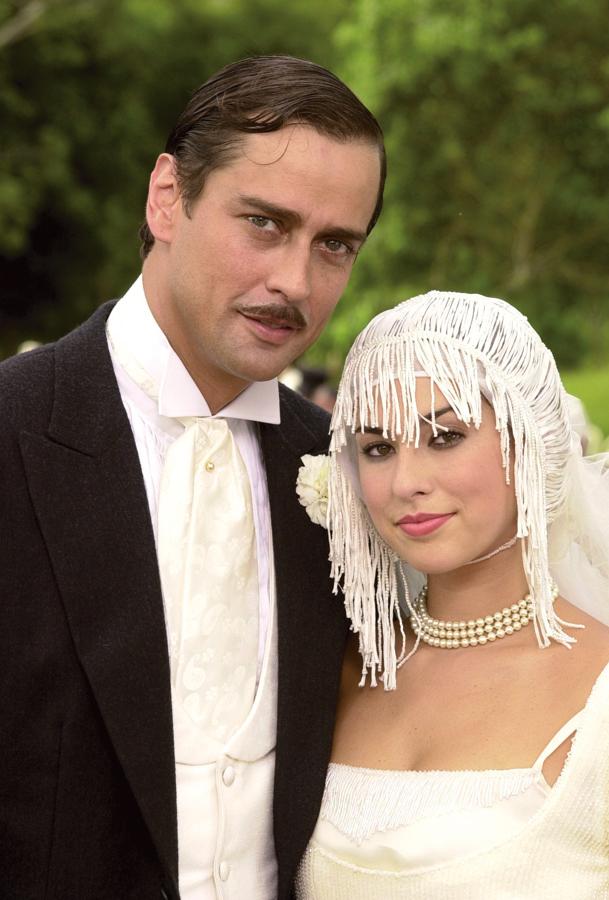Com Marcello Antony, na novela Um só coração, em 2004
