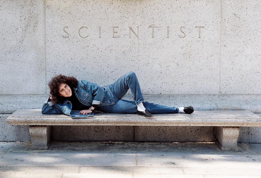 A cientista no Museu de História Natural de Nova York, em 1991, época  do doutorado