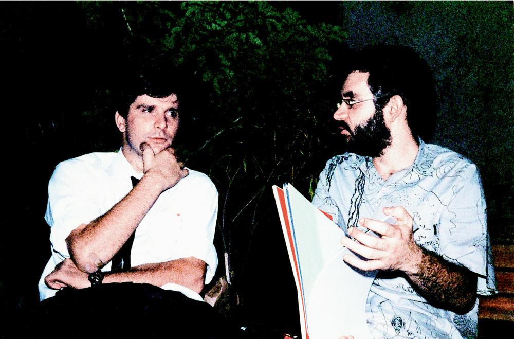 Junto com o  amigo Renato Russo,  em Brasília, em 1990