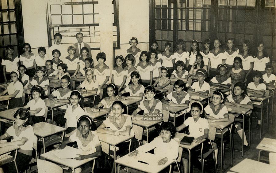 No primário do colégio Tarquínio Silva, em Santos (SP)