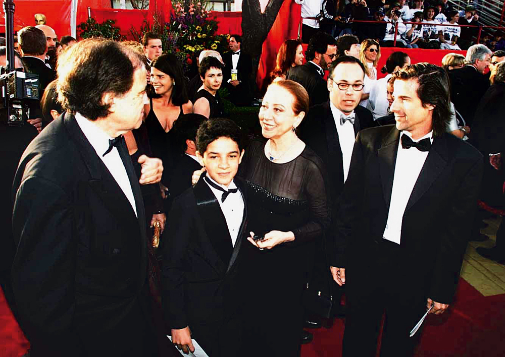 No tapete vermelho do Oscar, quando foi indicada  a melhor  atriz, em 1999