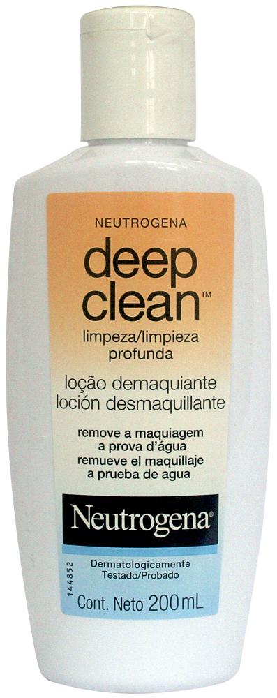 Passada a limpo: 'Gosto do demaquilante Deep Clean, da Neutrogena. A textura dele é muito boa, parece pegajosa, mas não é'