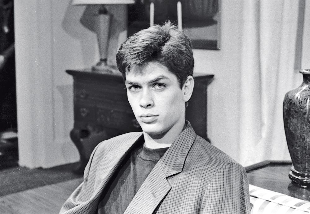 O galã nascido na Vila Mariana (SP) em sua primeira novela, Meu bem, meu mal, aos 19 anos
