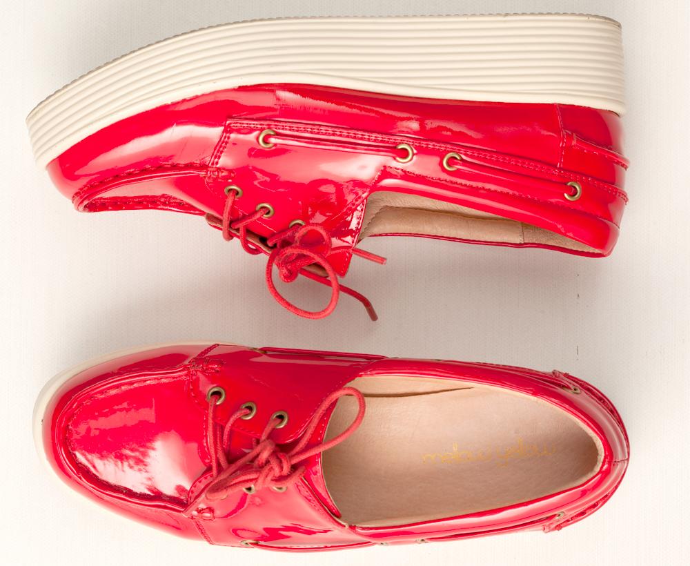 """14. Sapato vermelho """"Queria um sapato alto vermelho que não machucasse o pé."""""""