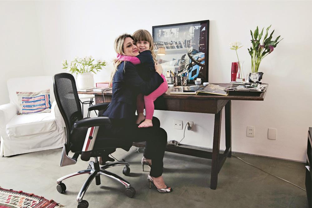 com a filha, Julia, em 2010