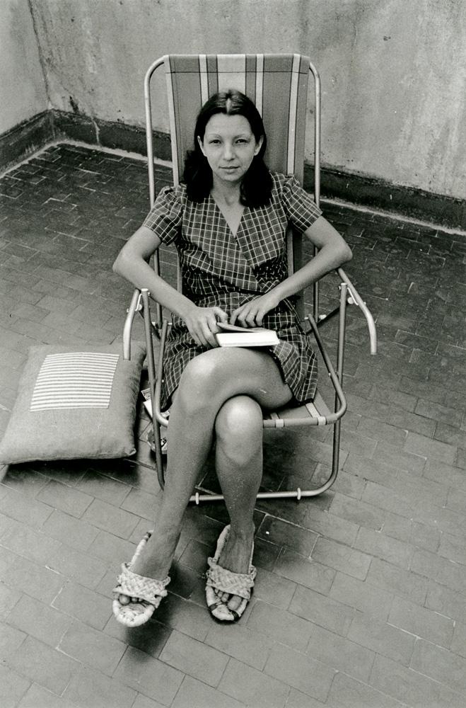 Em 1975, em sua casa, em foto tirada pelo segundo marido, Celso Nucci