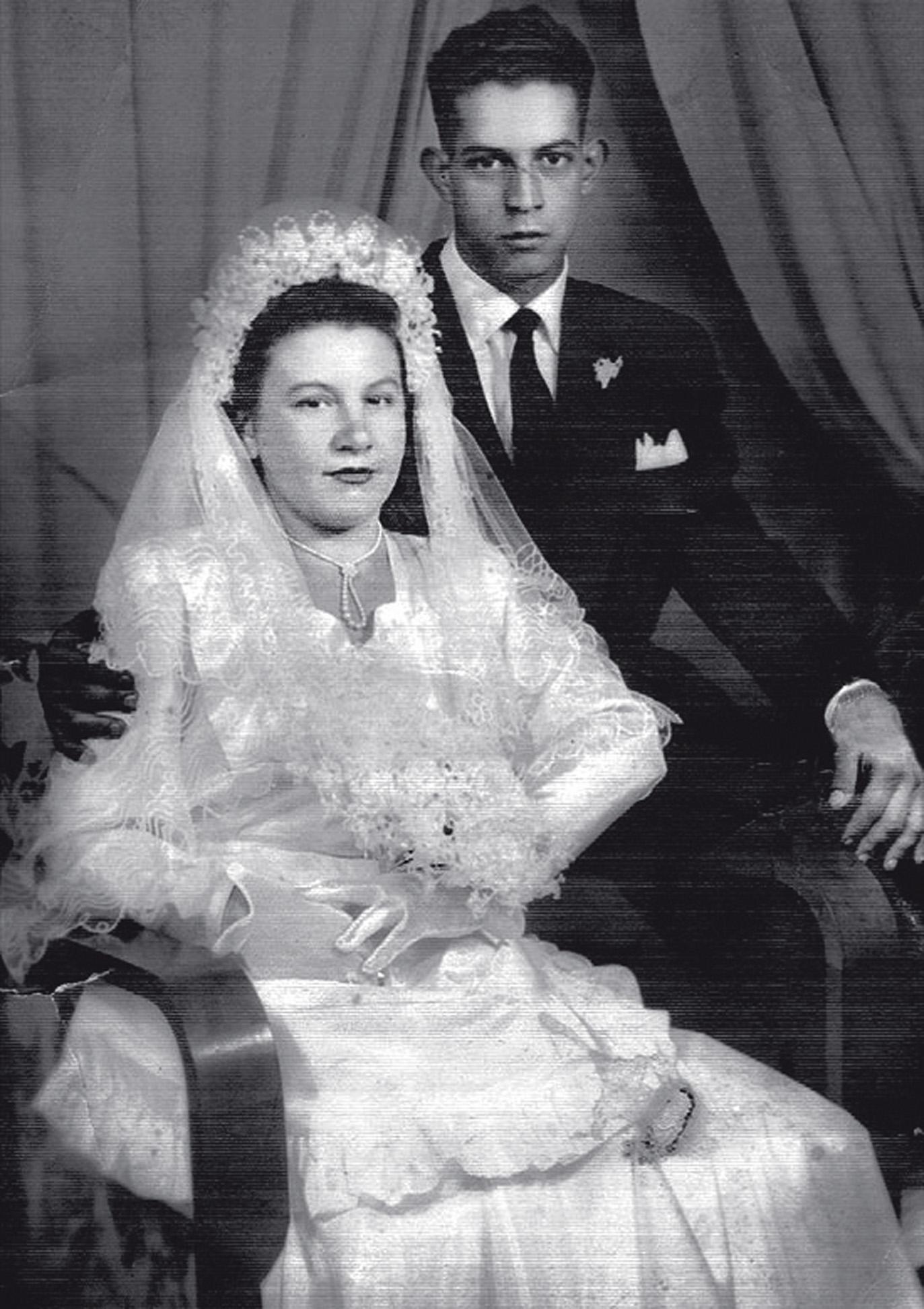 aos 19 anos, no dia do casamento com Mário Onofre