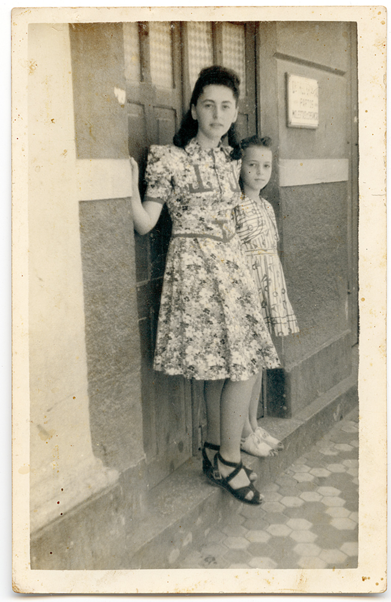 Clara e Sara, em Recife, nos anos 30