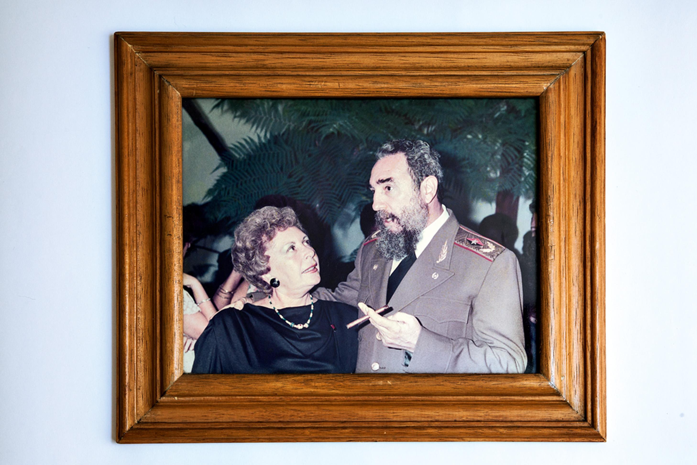 Clara e Fidel Castro, no período em que morou em Cuba