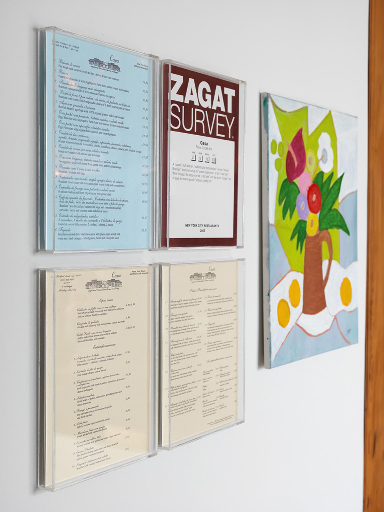 Troféu: Cardápios e pontuação no Ranking Zagat do Casa, restaurante em que Fabio é sócio em Nova York, ganharam destaque na caixa de acrílico
