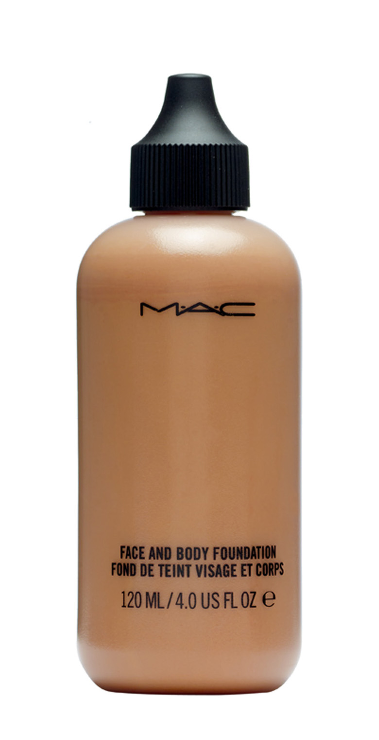Base Face and Body Foundation M.A.C R$ 172