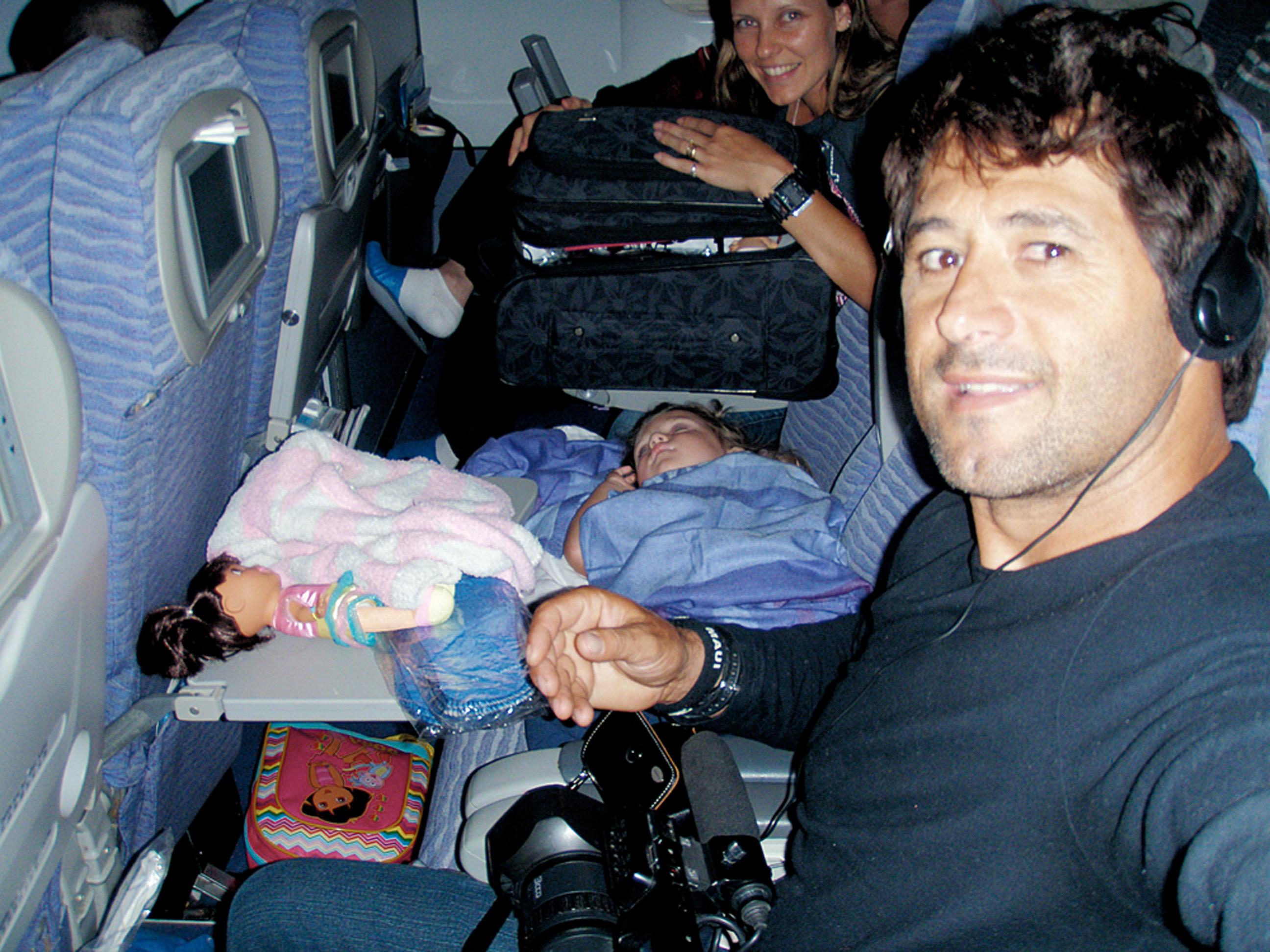 A família no avião