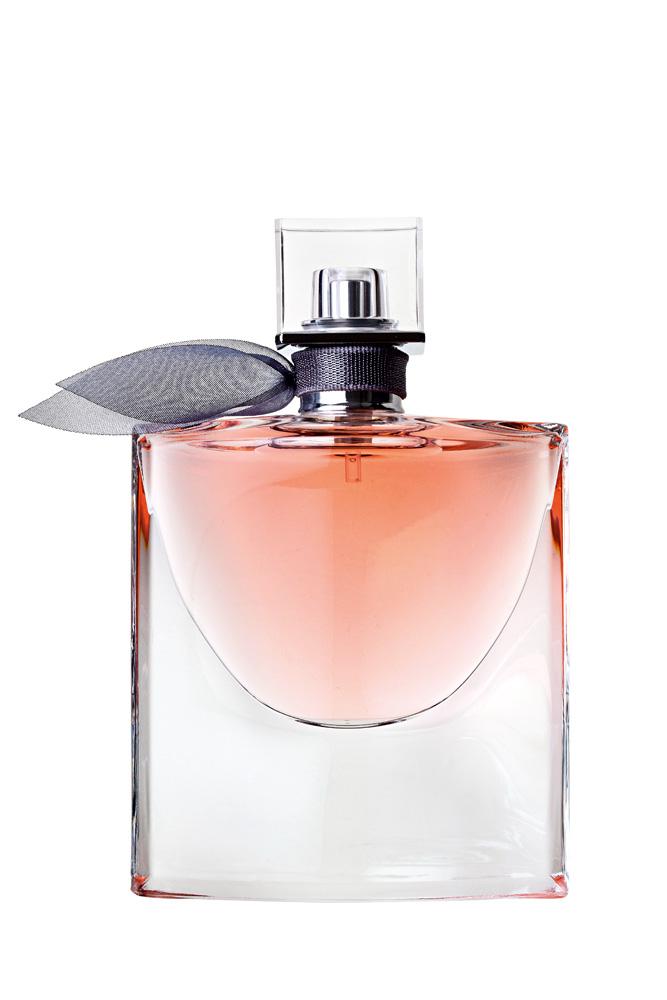 1. La Vie Est Belle,  R$ 199: a combinação  de flor de laranjeira  com jasmim dá um  toque oriental para  o perfume. Lancôme  0800-7017323