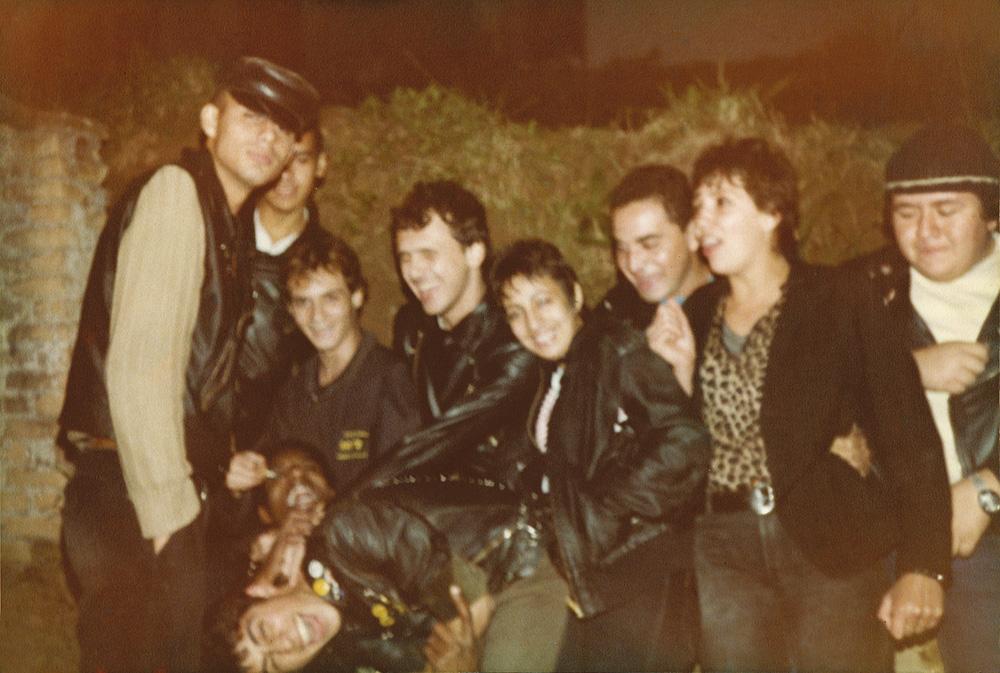 Com as bandas Inocentes e Ratos de Porão