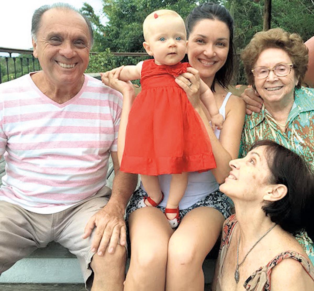 Em 2014, o primeiro Natal de Yasmin com a família