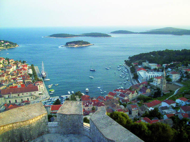Vista do castelo Hvar