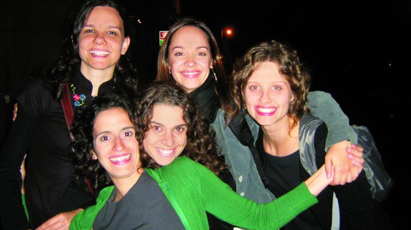 Eu, Manu, Ana, Gra e Paula na balada