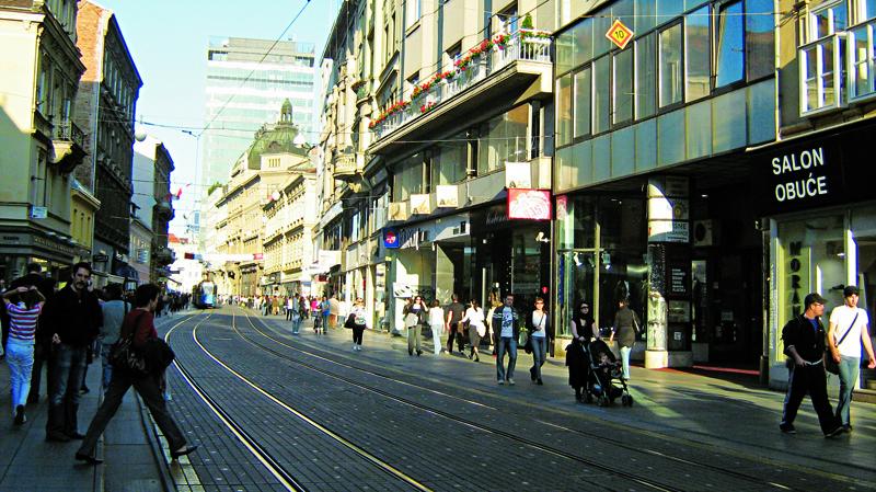 Movimento da Ilica, rua mais longa de Zagreb