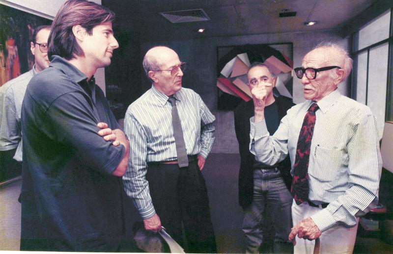 Papo cabeça com o cineasta português Manoel de Oliveira, Leon Cakoff e Gabriel Figueroa