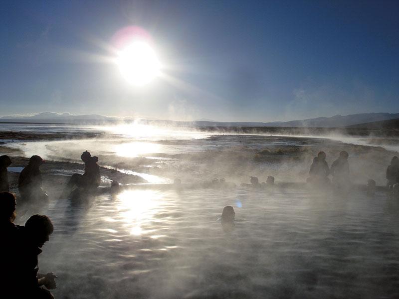 Para aliviar os pés dormentes de frio: piscinas naturais quentinhas, a 5 mil metros de altitude, na Bolívia