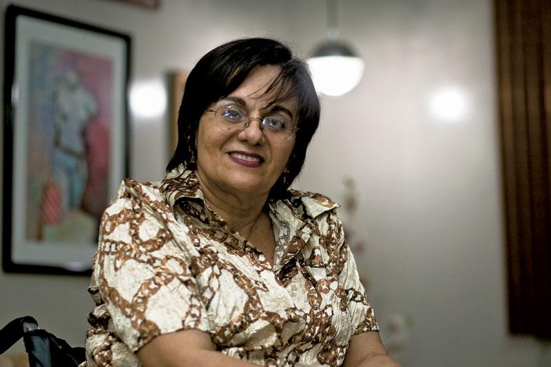 Hoje, aos 63 anos, Maria da Penha vive em Fortaleza e dedica a maior parte de seu tempo à luta contra a violância doméstica
