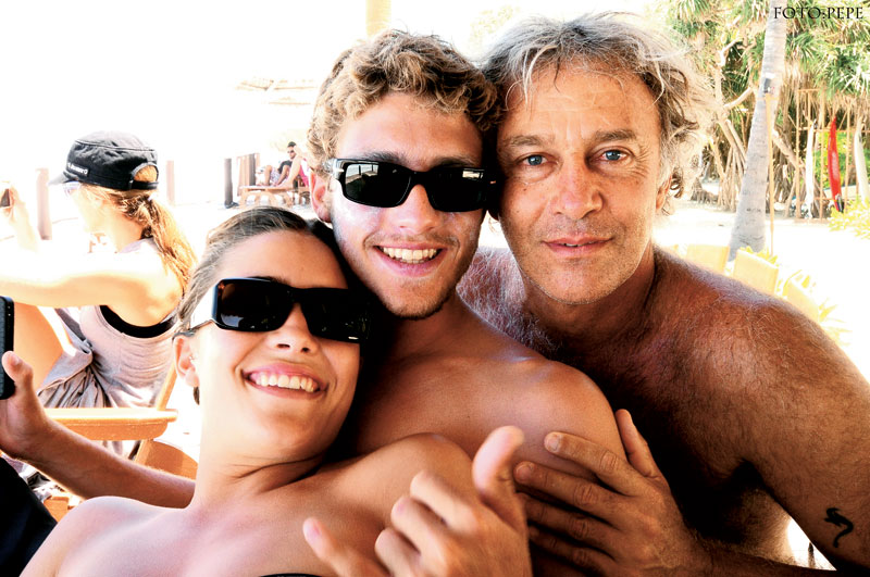 Layla, Max e o pai