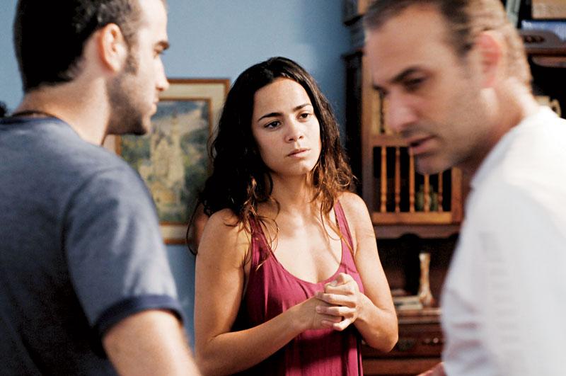 Dirigida por Marco Ricca, com o ator uruguaio Daniel Hendler em Cabeça a Prêmio