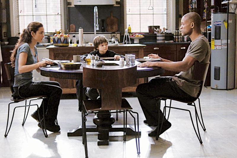 Frente a frente com Will Smith, em Eu Sou a Lenda (2007)