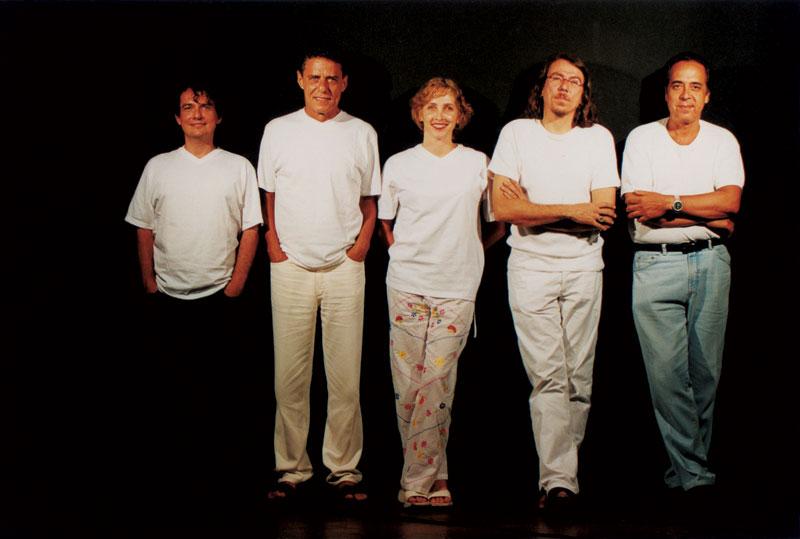 No musical Cambaio, escrito por João e Adriana, em 2001