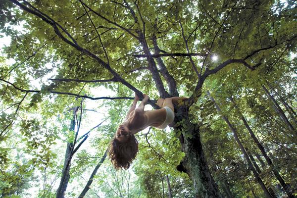Luiza, amiga de Autumn de férias em Paúba, em 2008