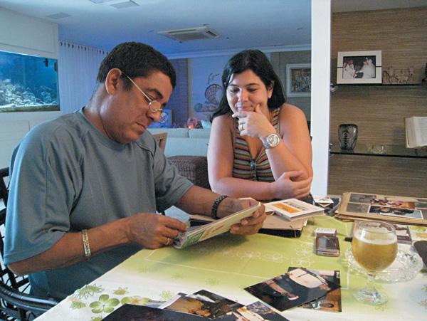 No apartamento da Barra da Tijuca com Mônica