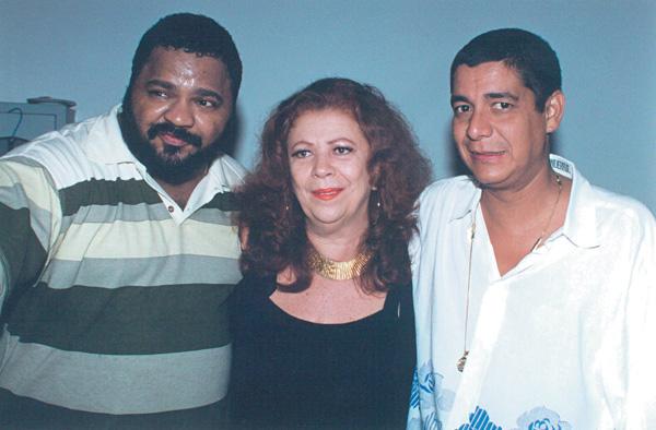 Ao lado dos parceiros de samba Arlindo Cruz e Beth Carvalho