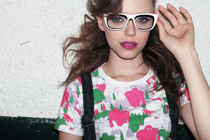 Camiseta Fiat DGPH R$ 75 Jardineira Levi's R$ 1.725 Óculos Amapô R$ 480