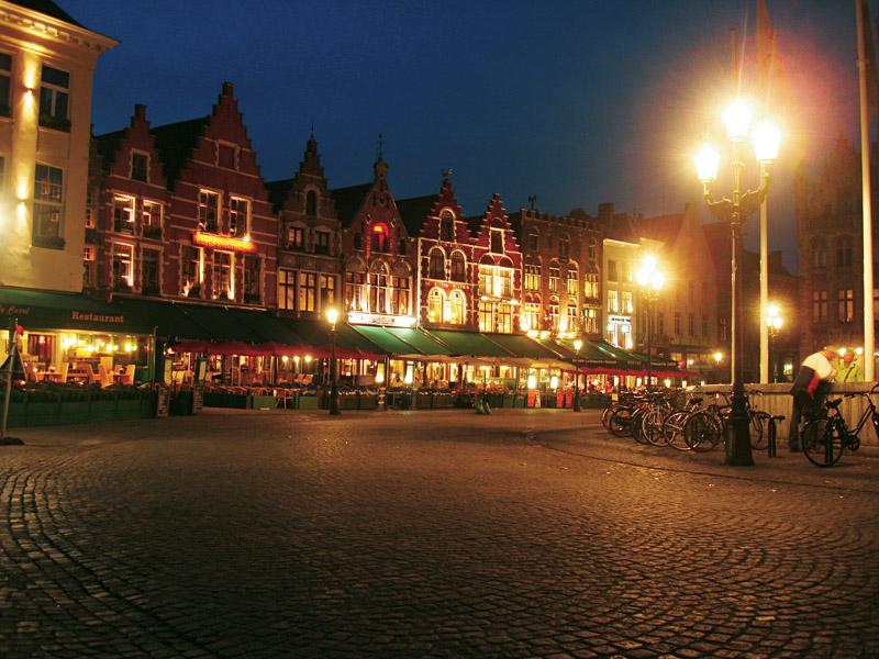 """Bruges, """"cidade encantada"""", na Bélgica"""