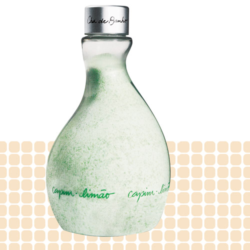 Natura Chá de Banho, R$ 49: proporciona uma esfoliação suave, deixando na pele o perfume do capim- limão. Natura 0800-115566