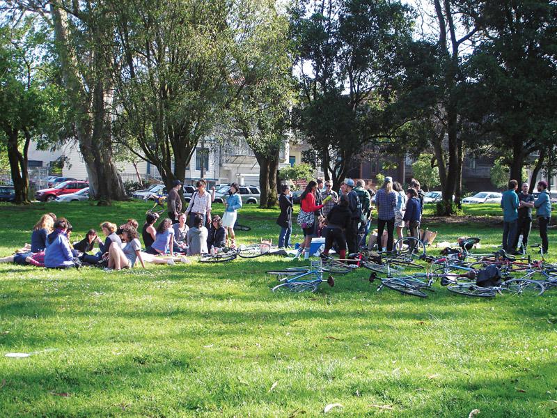 Sempre movimentado de bikes, o Panhandle é um parque próximo à Haight Street