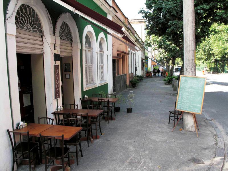 Rua Pacheco Leão, Jardim Botânico
