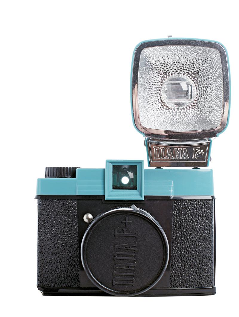 11. Lomo Diana F+ - Amo fotografia e esta máquina comprei numa viagem ao Vietnã