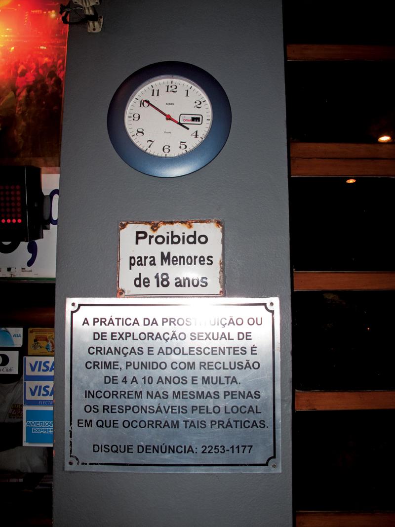 Aviso na entrada