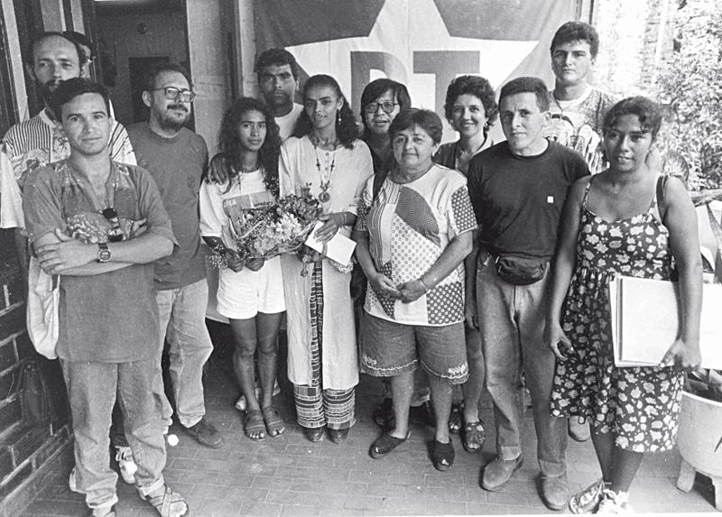 Marina com militantes do PT