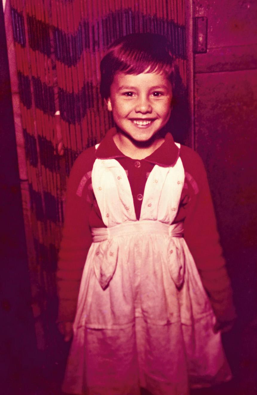 Aos 5 anos, quando morava num cortiço na Grande São Paulo