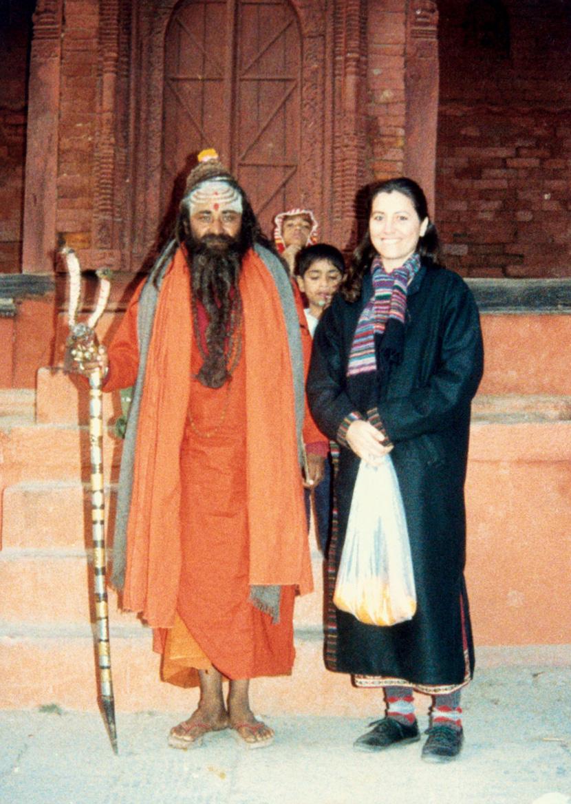 """Na Índia, em 1987, aos 29 anos, ao lado de um """"homem santo"""""""