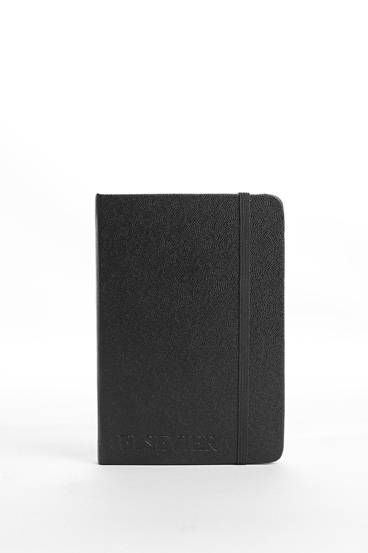 """Cadernos """"Tenho obsessão por eles. A maioria não tem nada escrito, é só para olhar"""""""