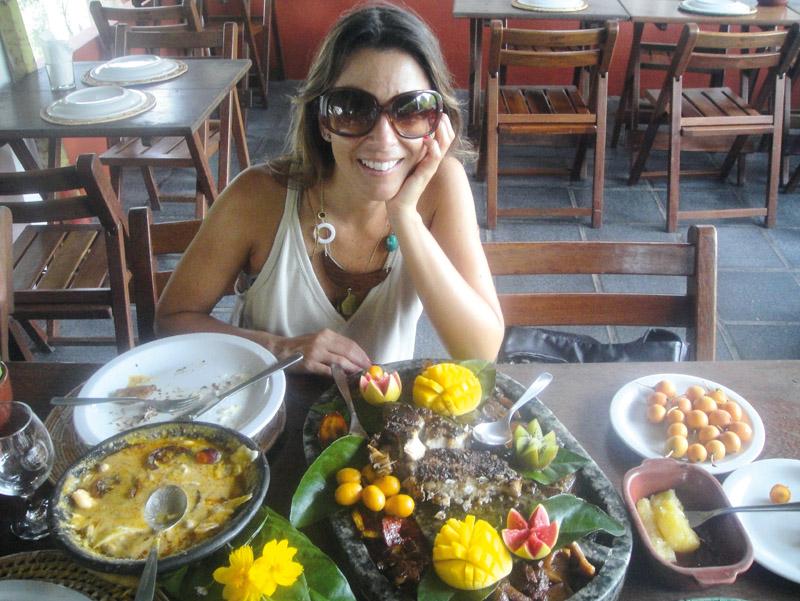 12h Almoço no Paraíso Tropical, tudo lá é orgânico.