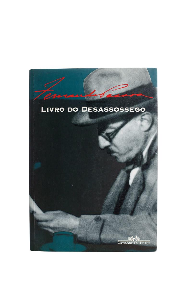 """Livro """"Fernando Pessoa, meu autor de cabeceira."""""""