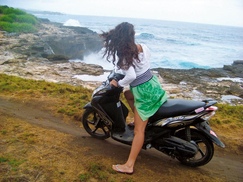 Um tour de Scooter por Nusa Lembongan: transporte rápido e barato
