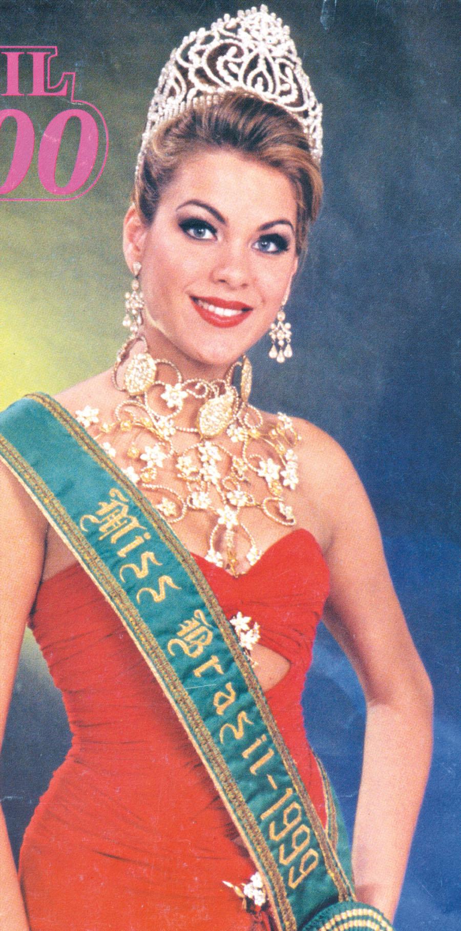 Em 1999, Renata representou o Brasil no Miss Universo e levou o 12° lugar